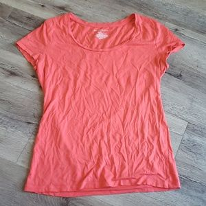Ann Taylor Coral Scoop Neck Tee